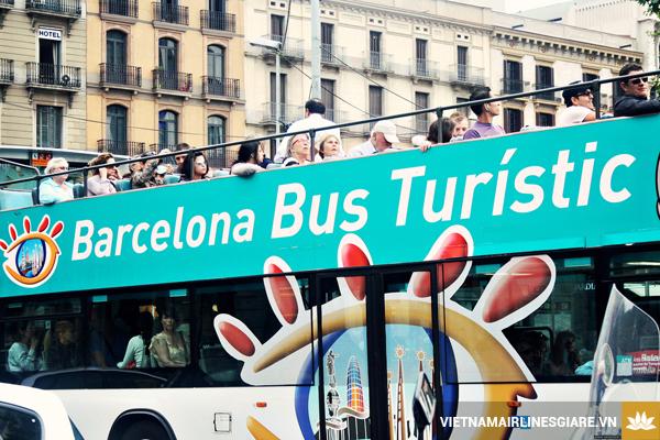 ve-may-bay-di-barcelona-3
