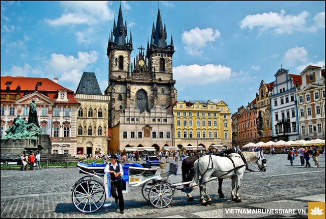 ve may bay di prague