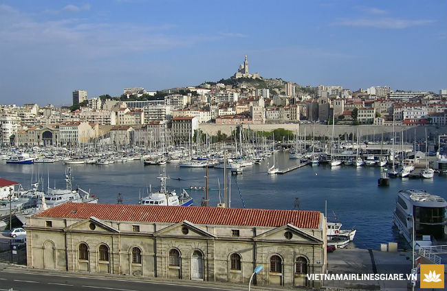 ve-may-bay-gia-re-di-marseilles1