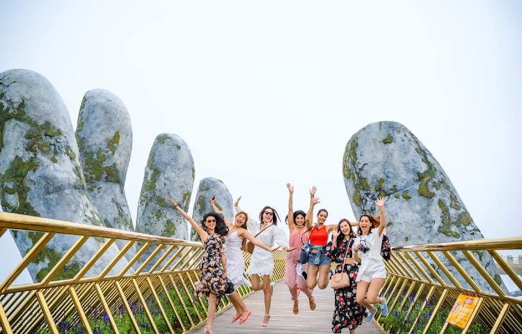 vé máy bay từ Hà Nội đi Đà Nẵng