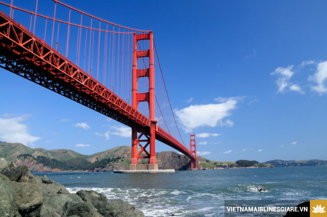 ve may bay di san francisco tu tphcm