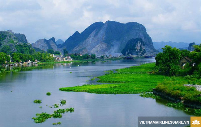 gia ve may bay di ha noi vitenam airlines