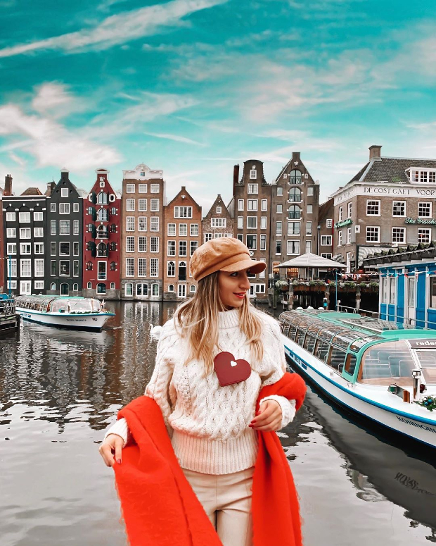 Đặt vé máy bay đi Amsterdam