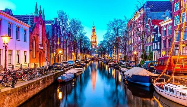vé máy bay đi Amsterdam
