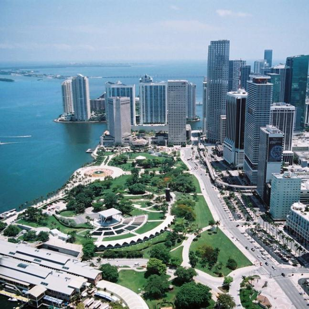 đặt vé máy bay đi Miami Vietnam Airlines
