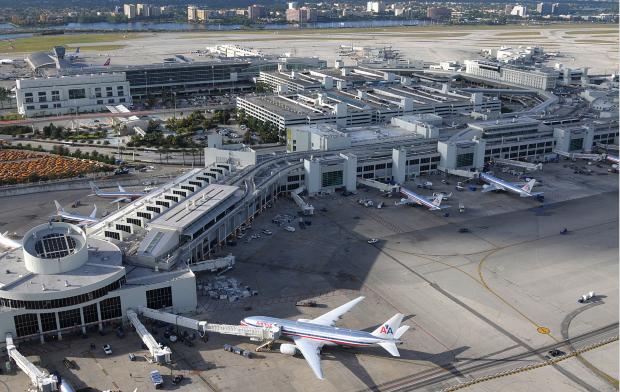 Sân bay Miami