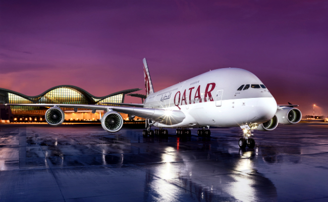 ve may bay qatar airways