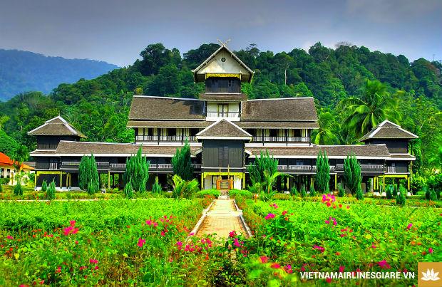 Chiem-nguong-nhung-kien-truc-doc-dao-tai-Malaysia-2-7-8-2017