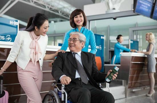 Dịch vụ đặc biệt dành cho người ngồi xe lăn Vietnam Airlines