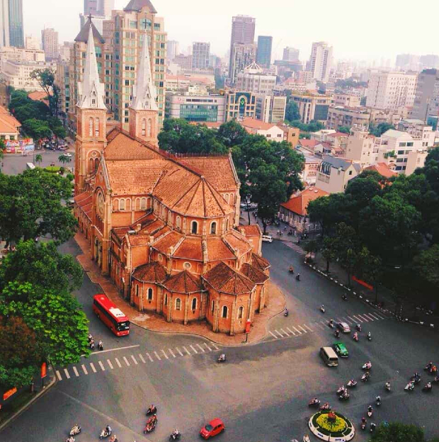 Nhà thờ Đức Bà Sài Gòn