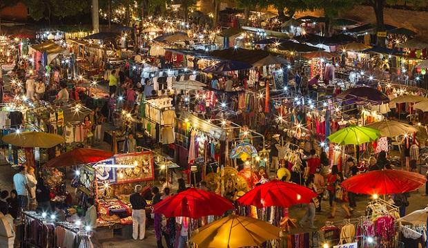 Chợ đêmNight Bazaar