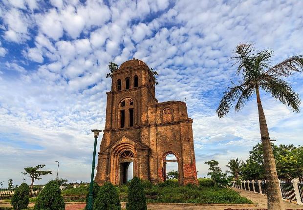 Nhà thờ Tam Tòa Đồng Hới