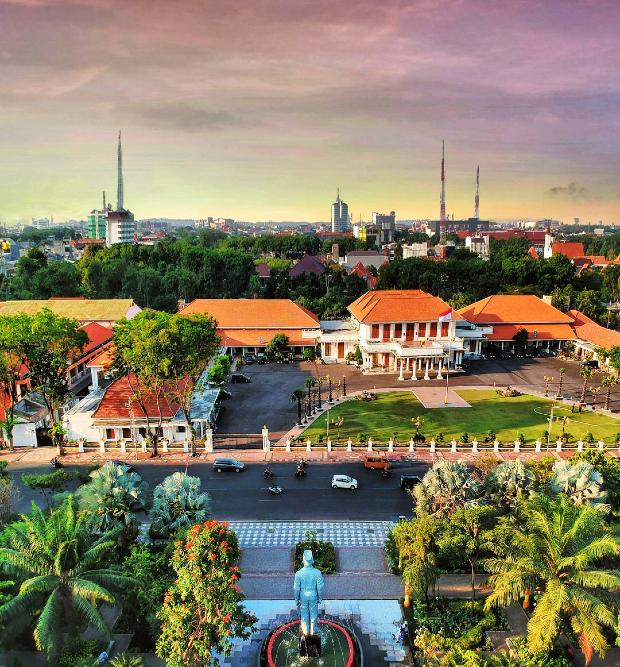 đặt vé máy bay đi Surabaya giá rẻ