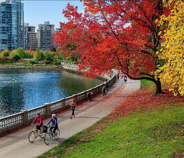 thành phố Vancouver mùa thu