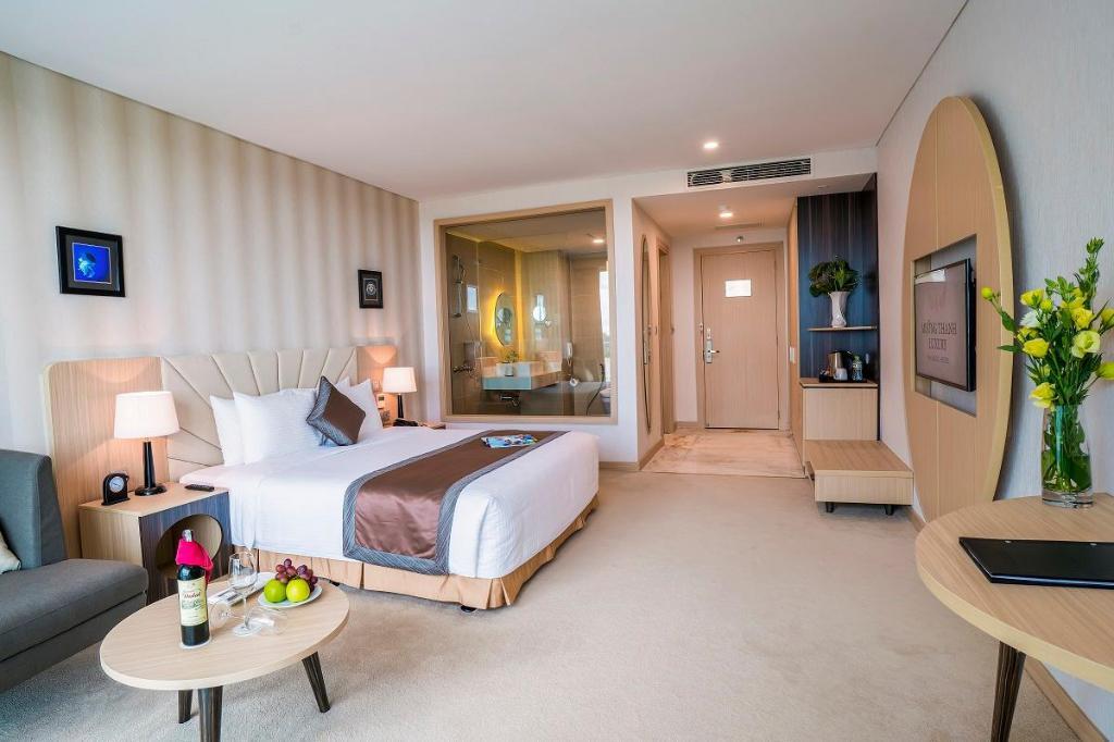 phòng deluxe king Khách sạn Mường Thanh Phú Quốc
