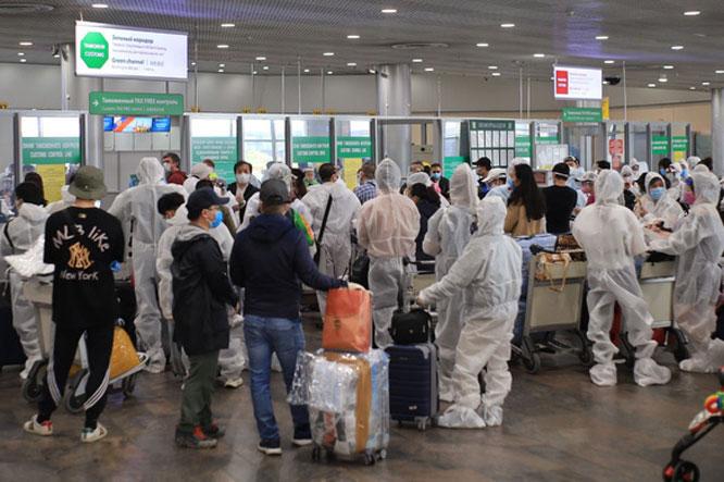 mua vé máy bay quốc tế về việt nam